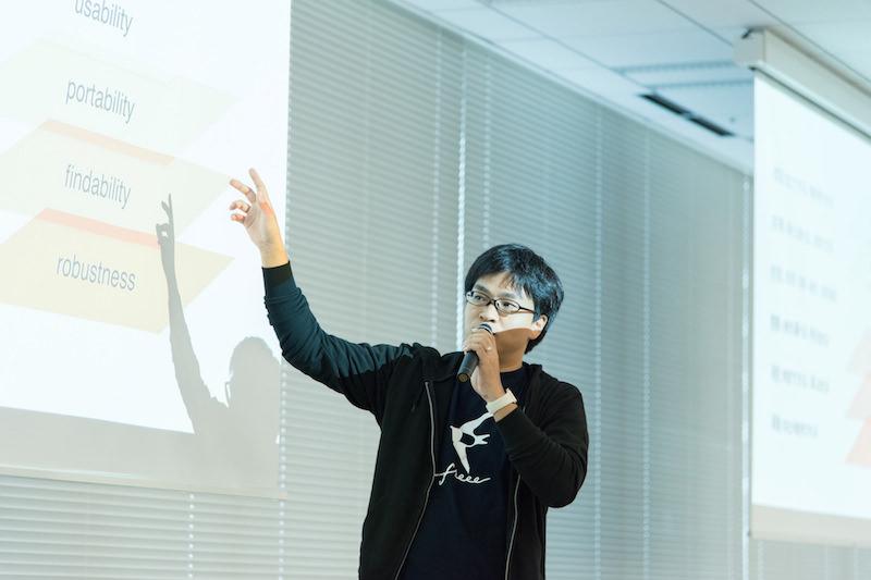 セッション中の伊原氏の写真
